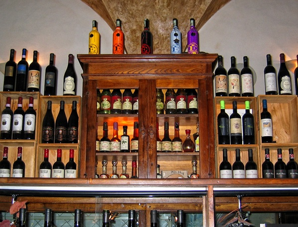 Acqua al 2 Wine Selection