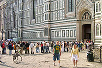 Duomo, queue at the entrance